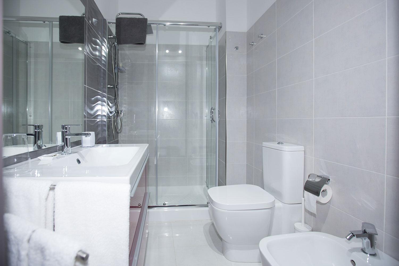 Bagno_Hotel_Sicilia_Avola_B&B_Avola_Albergo_Sicilia_Piazza_centro_mare_camera_5_1