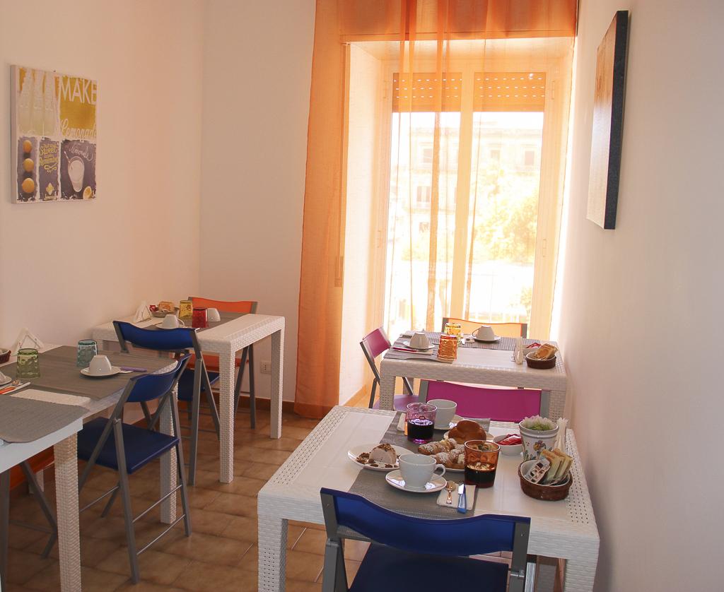 Albergo_Sicilia_Hotel_Sicilia_Avola_B&B_Avola_Albergo_Sicilia_Piazza_centro_mare_bedandbreakfarsavola_6