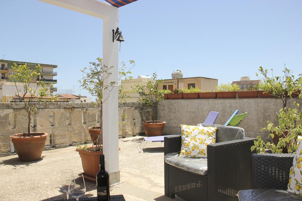 Albergo_Sicilia_Hotel_Sicilia_Avola_B&B_Avola_Albergo_Sicilia_Piazza_centro_mare_bedandbreakfarsavola_9
